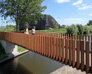 Leeuwarden – WaterCampus, voetgangersbrug