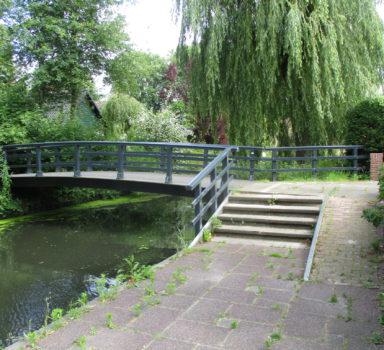 Opmeer, voetgangersbrug